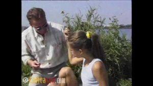 Image Pai tarado levou a filha pra fuder no rio