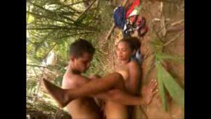 Image Casal do Maranhão fudendo gostoso no mato