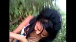 Image Prima de18 fazendo xvideos putaria no mato