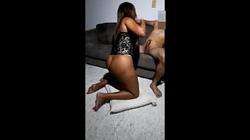 Menina virgem dando o cu afolozou bem o gostoso