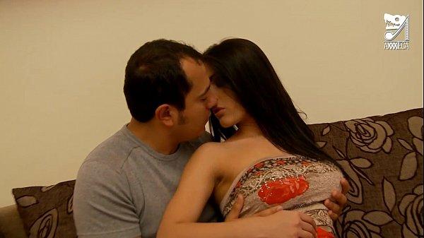Comendo o cu da mulher mexicana novinha