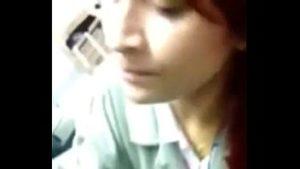 Image Japonesinha novinha fazendo boquete