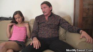Image Flagrante de sexo de mãe, pai e filha