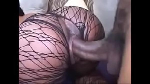 Socando fundo a pica grossa no cu da esposa na webcam - 3 part 3