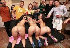Videos putaria em sexo grupal do xvideos