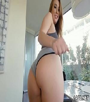 Porno grates ninfeta rabuda Harley Jade Anal