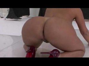 Image Pornotube com novinha do xxxvideo gemendo na pica