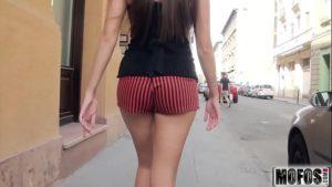 Image Novinha no sexo Russo dando o cu com força
