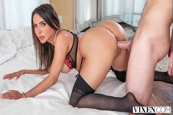 X videos de sexo gostoso com morena pelada dando cu
